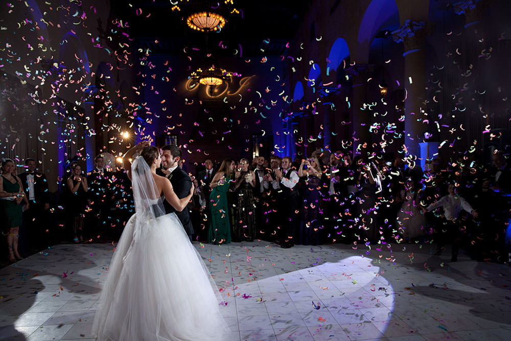 first dance at the biltmore hotel with confetti